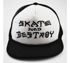 Boné - Trucker - Thrasher - Skate And Destroy (Preto e Branco) Aba Reta