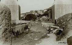 Ribeira de Alcântara debaixo do arco grande do Aqueduto para montante, Lisboa (E. Portugal, 1939)