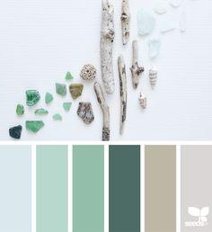 { foraged hues } image via: @lilianmphoto sea glass inspired subtle palette