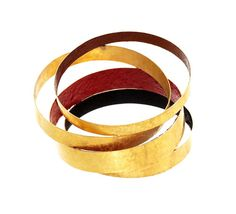 Giampaolo Babetto  Bracelet: Untitled 2012  750 yellow gold, pigment  Photo by Giustino Chemello