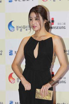 Kang So-Ra 강소라 2011 부일영화상 Korean Actors, Korean Actresses, Mai Davika, Sexy Asian Girls, Beautiful Asian Girls, Jun Ji Hyun, Ha Ji Won, Kim Tae Hee, Asian Celebrities