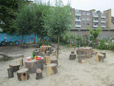 Het restaurant bij de modderkeuken. Nutsschool Maastricht