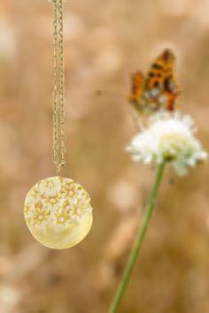 Nature inspired jewelry by Suspiro Jewels  #suspirojewels #handmadejewelry #handmadejewels #womensfashion #fashionjewelry #giftforher #flowerpower #floralinspiration #goldenjewels #fashionforher