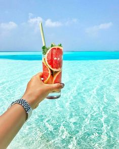 Kanuhura #Maldives Photo @travellersplanet @kanuhuramaldives #kanuhuramaldives #island #life #cheers #detox #fun #turquoise #türkiye #sunday #türkkahvesi #view #enjoylife #happyplace #visiting #smile #paradise #bliss #beautiful #fantasy #blue #clearwater #honeymoon #couples #photooftheday