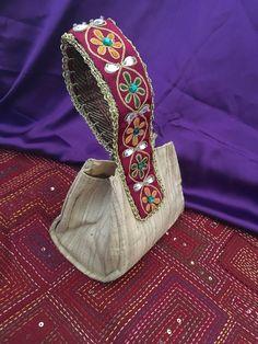 Silk potli bag with traditional Indian hand embroidered handle Bridal Handbags, Creative Bag, Potli Bags, Ethnic Bag, Diy Bags Purses, Embroidery Bags, Moda Boho, Boho Bags, Denim Bag