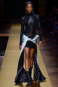 Atelier Versace Fall 2016 Couture Fashion Show - Mayowa Nicholas (Elite)