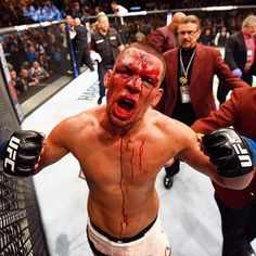 Amazing picture of main event winner Nate Diaz