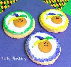 mardi gras cookies, fat tuesday cookies, jester cookies, cute food, mardi gras desserts