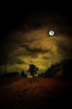 Luna de pelicula de terror