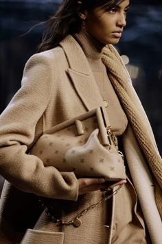 Fendi Showcases New Shapes Alongside Its Iconic Bags for Fall 2021 - PurseBlog Formal Coat, Cute Blazers, Best Handbags, Fendi Bags, Office Fashion, Stylish Outfits, Stylish Clothes, Strong Women, Coats For Women