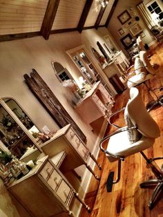 1000 ideas about vintage salon decor on pinterest for A creative touch beauty salon