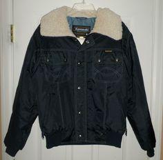 Men's Vintage Blue KAWASAKI Motorcycle Nylon Furry Collar Jacket, Size M, GUC! #KAWASAKIWATERPROOFOUTERWEAR #ZipperSnapButtonNylonPolyMotorcycleJacket