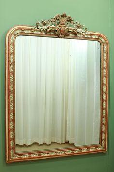 Grote antieke Franse spiegel met kuif 21635