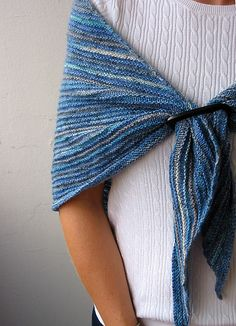 Shadow Knitting Sock Yarn Shawl. Free pattern.