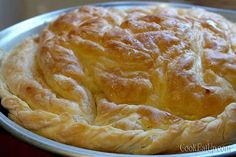 Nana's favorite Greek cooking recipes with photos and directions step by step. Pita Recipes, Greek Recipes, Desert Recipes, Baking Recipes, Food Network Recipes, Food Processor Recipes, Cyprus Food, Homemade Pastries, Greek Desserts