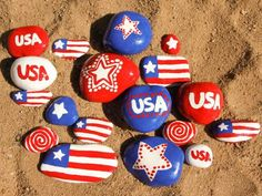 See more ideas about Rock crafts, Easy Rock painting and Painted rocks.These are pretzels but this simple design could easily be painted on rocks. Summer Crafts, Holiday Crafts, Crafts For Kids, Rock Painting Ideas Easy, Rock Painting Designs, Patriotic Crafts, Patriotic Decorations, Pebble Painting, Stone Painting