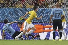 Mundiall 2014: 2-0: James Rodríguez mete a Colombia en unos cuartos contra Brasil