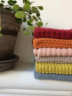 Strik og broderi - garn, kits og designs i Sommerfuglen Dishcloth Knitting Patterns, Knit Dishcloth, Free Knitting, Crochet Patterns, Crochet Home, Knit Crochet, Homemade Potholders, Drops Design, Diy And Crafts