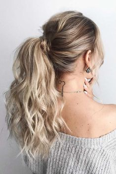 Textured Low Ponytail #hairstyle #ponytail ❤️ Looking for cool graduation hairstyles with cap? Here you'll find lots of updos and half up half down ideas for short, medium, and for long hair. ❤️ See more: http://lovehairstyles.com/graduation-hairstyles-ideas/ #lovehairstyles #hair #hairstyles #haircuts #graduationhairstyles #graduationhair #promhair #promhairstyles #graduation