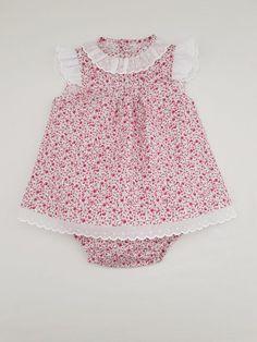 Vestido y braguita para bebés hasta 12 meses