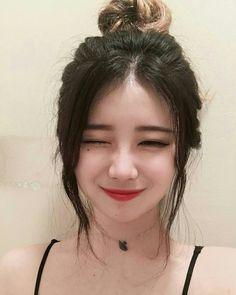 * that makeup though Ulzzang Korean Girl, Cute Korean Girl, Asian Girl, Korean Beauty, Asian Beauty, Girl Korea, Uzzlang Girl, Pretty Baby, Kawaii Girl