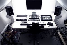Check out this massive list of home studio setup ideas. Filter down by room colors, number of monitors, and more to find your perfect studio. Home Recording Studio Setup, Home Studio Setup, Studio Desk, Home Studio Music, Studio Room, Dream Studio, Audio Studio, Sound Studio, Studio Equipment
