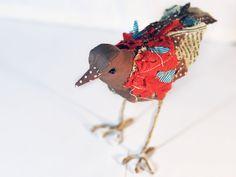 L'Uccelletto. Soft sculpture. Stuffed bird. €21.00, via Etsy.