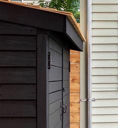 Bluestone Backyard: Build Yourself a Little Storage Shed! | Daniel Kanter Backyard Storage Sheds, Diy Storage Shed, Backyard Sheds, Storage Stairs, Storage Design, Outdoor Storage, Backyard Landscaping, Restoring Old Houses, Garden Tool Shed