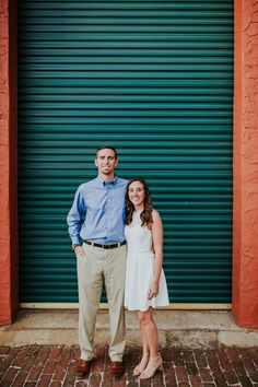 Downtown St. Petersburg Engagement Session - Sea Shack Photo + Films