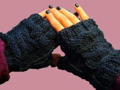 muffole by evileye988, owl fingerless gloves
