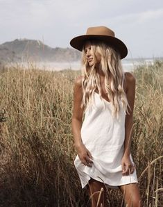 Look Your Best With This Fashion Advice Foto Cowgirl, New Foto, Senior Photo Outfits, Senior Pics, Senior Pictures, Portrait Photography, Fashion Photography, Mode Boho, Boho Fashion