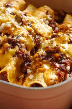 Mexican Garlic, Jalapeno, Chili, Cumin, and Oregano Ground Chuck Chili Con Carne Corn Enchiladas with Cheddar and White Onions Carne Asada, Carnitas, Con Carne Recipe, Cooking Recipes, Cooking Chili, Cooking Steak, Cooking Bacon, Cooking Turkey, Meat Recipes