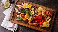 7 arthritis-friendly foods for BBQ season (like grilled broccoli, squash, and cauliflower). #vegetarian #arthritis #healthyeating | everydayhealth.com