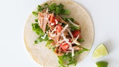 Pulled Pork Tacos Fast and easy, tacos make an ideal meal any night of the week – especially when you have leftovers of Pulled Pork! Healthy Pork Recipes, Tapas Recipes, Slow Cooker Recipes, Real Food Recipes, Tacos Au Porc, Menu Tapas, Pulled Pork Tacos, Cooking Dishes, Allergy Free Recipes