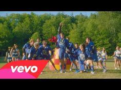 "Kristin Chenoweth, Dove Cameron - Evil Like Me (From ""Descendants"") - YouTube"
