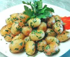 Petrezselymes újkrumpli 🍴 Food And Drink, Potatoes, Vegetables, Contouring, Vegetable Recipes, Veggie Food, Potato, Veggies