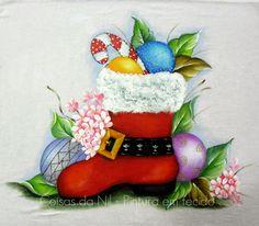 Coisas da Nil - Pintura em tecido: Bota e bolas de Natal.