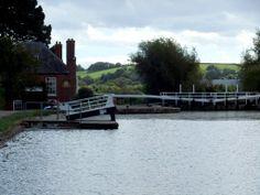 Double Locks - photographer: Robert Bovington  http://bovingtonbitsandblogs.blogspot.com.es/ #England #Devon