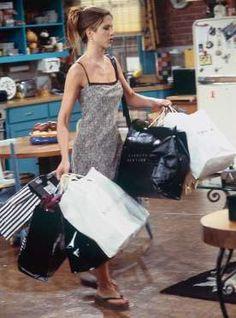 Para ir de compras, para tomar un café... nos quedamos con este vestido lencero veraniego de todas, ... - Copyright © 2016 Hearst Magazines, S.L.