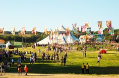 Be a festival volunteer: get music event work experience and free tickets!