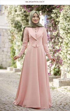 Rana Zen - Endam Elbise - Pudra Source by dresses muslim Dress Muslim Modern, Muslim Dress, Muslim Women Fashion, Islamic Fashion, Stylish Dresses, Modest Dresses, Prom Dresses, Abaya Fashion, Fashion Dresses