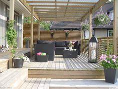 Pergola Garden, Outdoor Pergola, Outdoor Spaces, Outdoor Living, Cheap Landscaping Ideas, Outdoor Landscaping, Timber Stair, Wooden Terrace, Side Garden