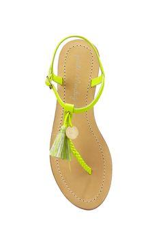 d4b9a9fa659f8 Nu pieds en cuir irisé et tressé Biba Jaune Petite Mendigote sur  MonShowroom.com