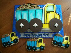 Dump Truck Cake and cookies