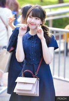 Kpop Girl Groups, Korean Girl Groups, Kpop Girls, Sinb Gfriend, Gfriend Sowon, Extended Play, Modern Aprons, Entertainment, G Friend