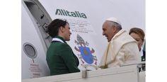 Le pape Francois essaye de ammeliore les relations entre les religions, particulierement entre l'Islam et la Christianite.