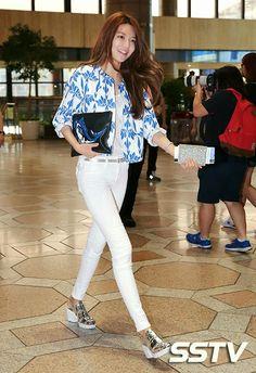 Official Korean Fashion Blog: SNSD Sooyoung Airport Fashion
