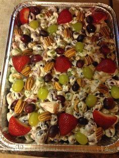 Grape Salad INGREDIENTS 16 oz sour cream 16 oz cream cheese 1 cup sugar Couple squirts of pure vanilla Approx. 4 lbs red seedless grapes Maybe 4 cups pecans 1 quart strawberries Avocado Dessert, Dessert Salads, Fruit Salad Recipes, Fruit Salads, Jello Salads, Drink Recipes, Dessert Recipes, Grape Salad, Apple Salad