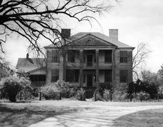 Slave Plantations in the South | Davis Plantation in 1940 © Contributed by Blair Martin —
