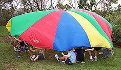 Ah, parachute day. Whether you were a budding star elementary athlete or one of the designated indoor kids, the parachute was a universally. 90s Childhood, My Childhood Memories, Sweet Memories, Parachute Games, Gym Classes, Best Gym, 80s Kids, I Remember When, The Good Old Days